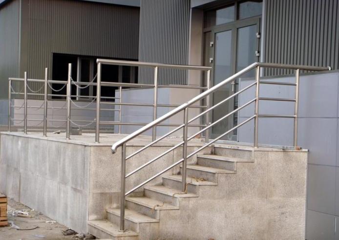 不锈楼梯扶手装修效果图