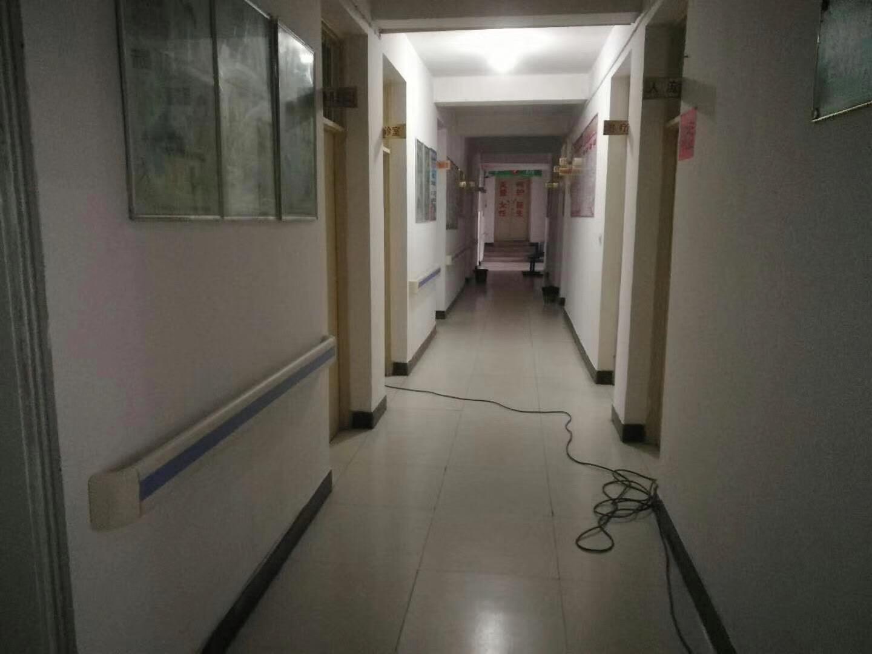 【防撞扶手】原来安徽岳西县中心卫生院安装的是这款