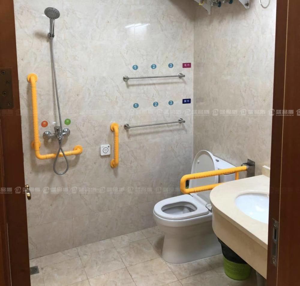 内蒙古厕所扶手老客户一如既往的选择蓝品盾