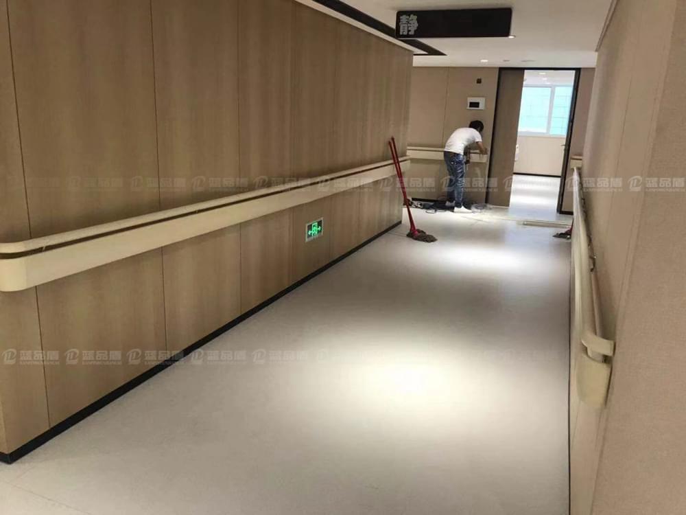 【新品】PT-190款防撞扶手效果图尽在广州新时代医学美容医院