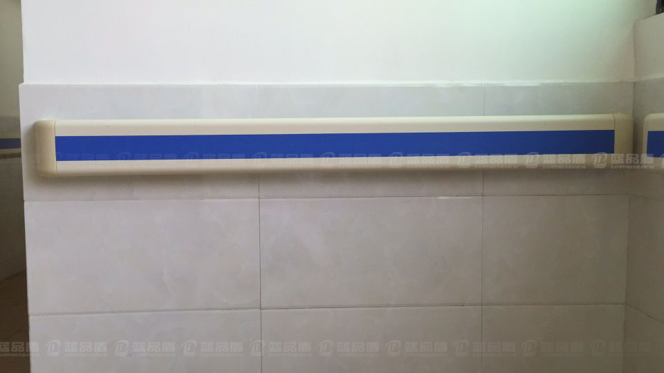 年前安装案例-广药附属第一医院140款防撞扶手选购
