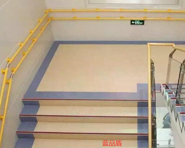 无障碍扶手主要用在哪些地方