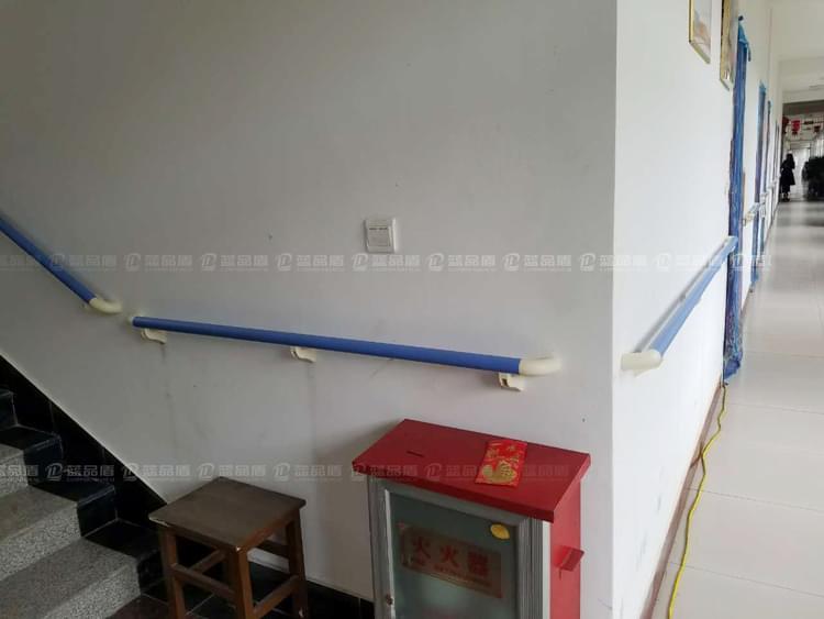 【山东】鱼台县益康老年公寓已经安装了一部分扶手了哦